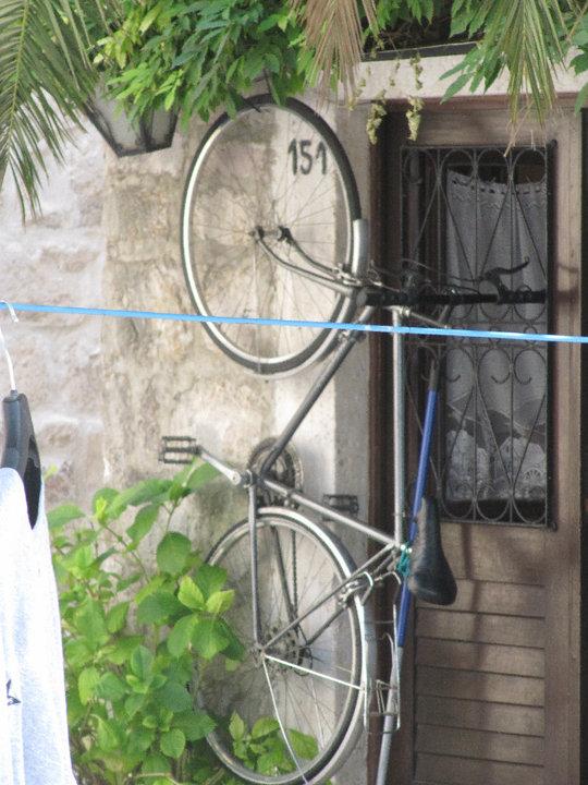 Ainoa Montenegrossa silmiin osunut pyöräteline