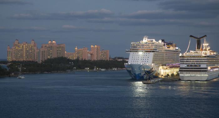 Nassau22_hyvästi Nassau